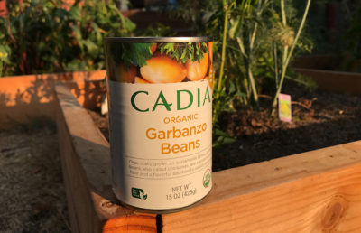 photo of can of garbanzo beans