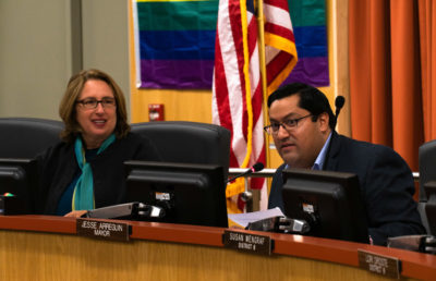 Photo of Jesse Arreguin at a city council meeting