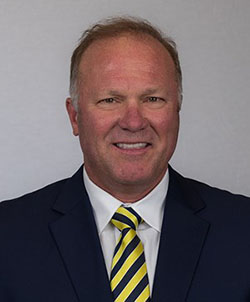 Photo of Tim DeRuyter