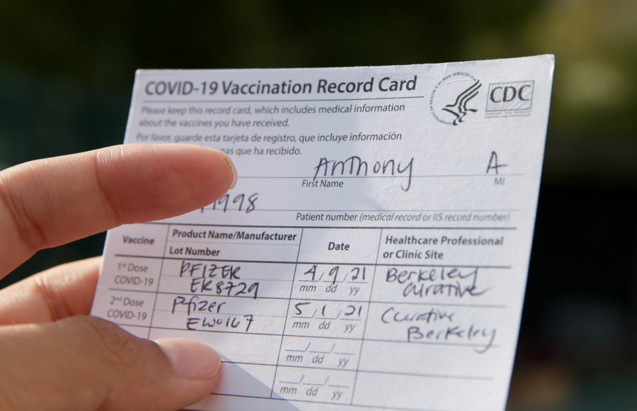 photo of a vaccination card