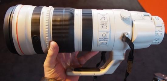 Canon-EF-200-400mm-f4-L-IS-USM_lens_announcement