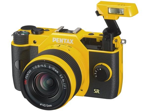pentax-q7-mirrorless-camera