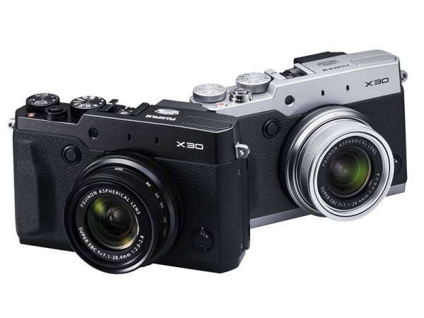 fujifilm-x30-compact-camera-03