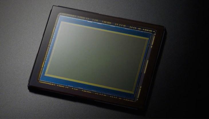 canon-nikon-high-megapixel-cameras