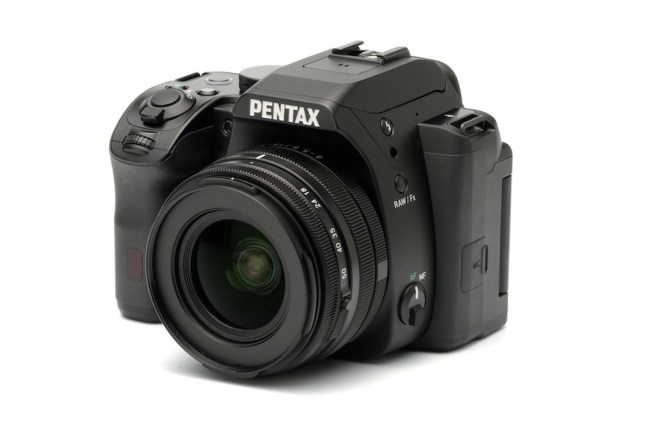new-pentax-products-on-display-at-ces-2015-show