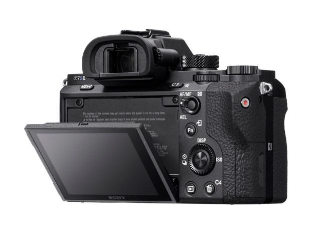 sony-a7sii-mirrorless-camera-05