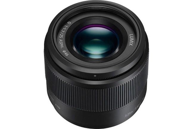 panasonic-25mm-f1-7-lens-reviews