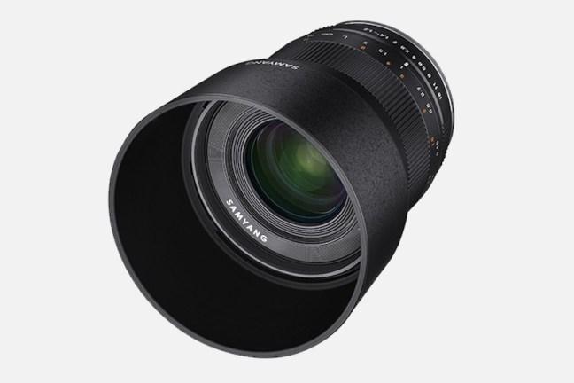 samyang-35mm-f1.2-ed-as-umc-cs-lens