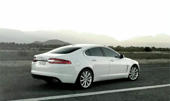 Jaguar-XF-Twin