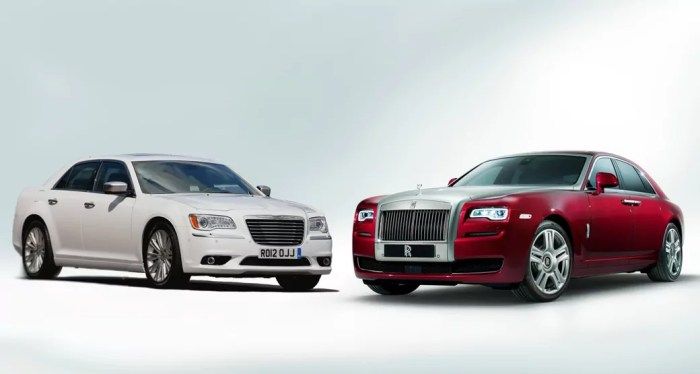 Twins-Chrysler-300-Rolls-Royce-Ghost