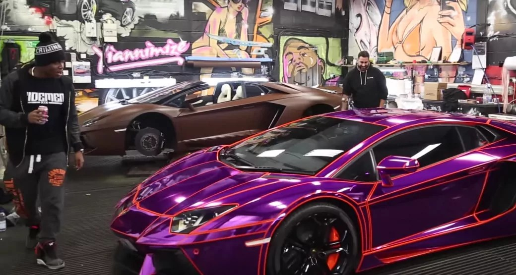 Kid Playing Video Games On Youtube Buys Wraps A Lamborghini