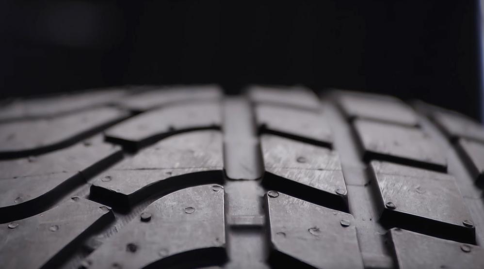 Tyre-Warning-Safety-Advice-World-Dailycarblog