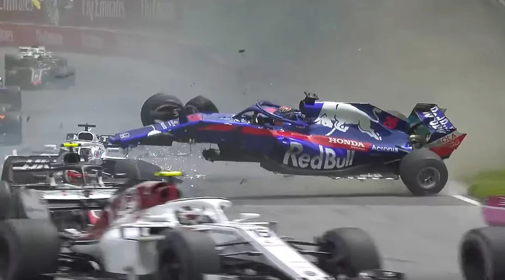 Brendon Hartley crashes at the 2018 Canadian Grand Prix