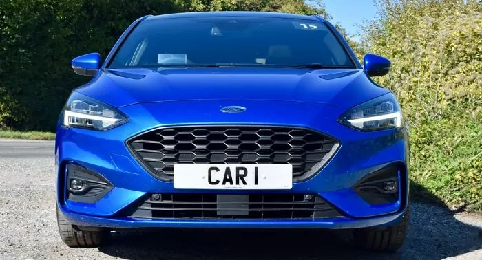 Ford Focus ST-Line Review front front dailycarblog.com