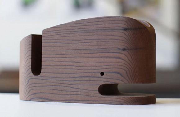Wood_Whale_Desk_Organizer_iPhone_Holder_03