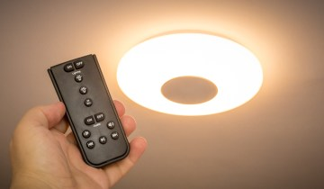 LED Ceiling Light with Bluetooth Speaker - LivaronLux from Lidl