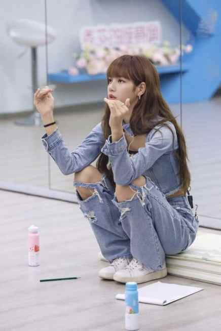 denim2-200x300 A Breakdown of LISA's Outfits in Youth With You (+affordable options!)