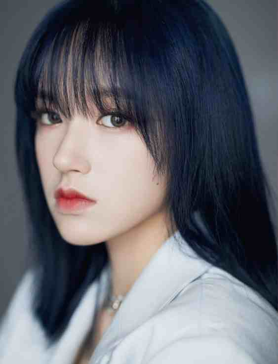 006j71cwly1gfxe16h5ymj31ij1zkhdw Cheng Xiao Profile and Facts