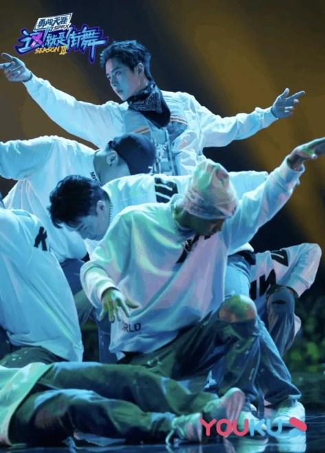 Screenshot-2020-10-06-at-9.51.27-PM-215x300 Yang Kai From Wang Yibo's Team Is The Champion For Street Dance Of China 3!