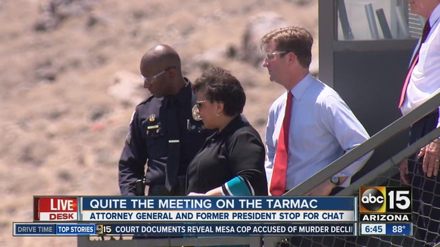 loretta_lynch_and_bill_clinton_meet_in_p_0_41315067_ver1-0_640_480