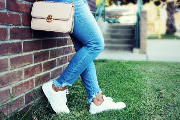 Retro Style White Sneakers Comeback