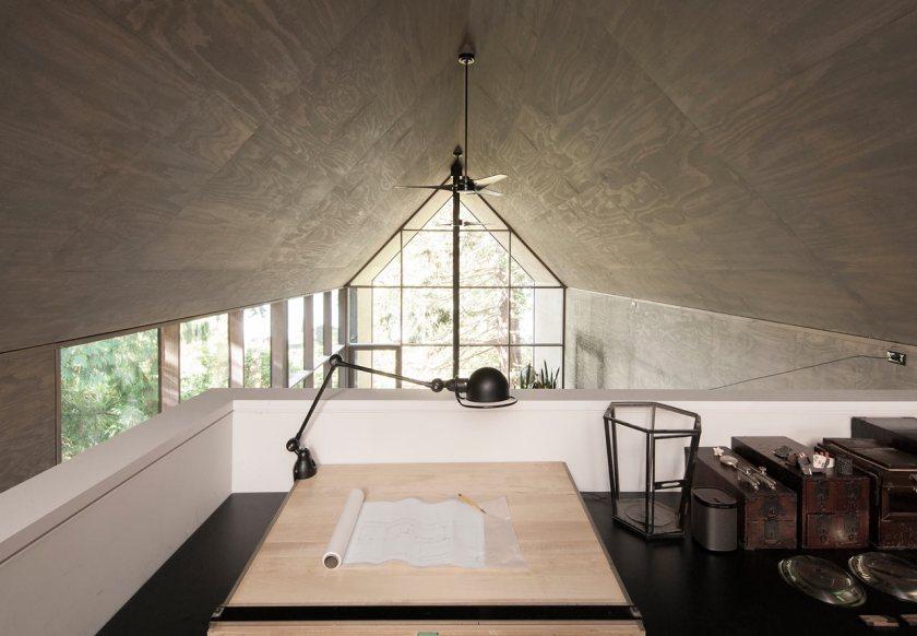 Minimalist Junsei House - Study