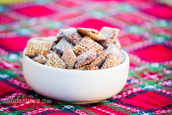 Gingerbread Puppy Chow Snack Mix
