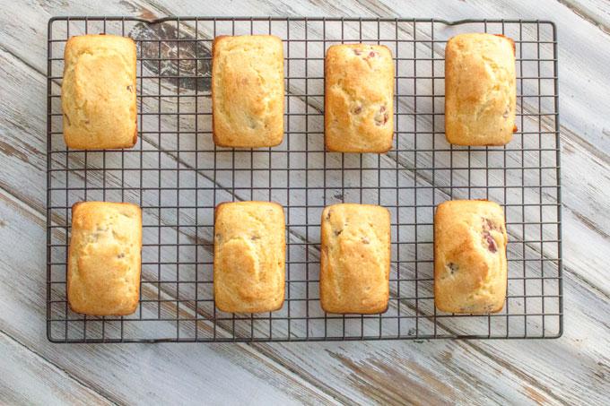 Cranberry Orange Mini Loaves #holidayrecipes Nutiva #Giveaway