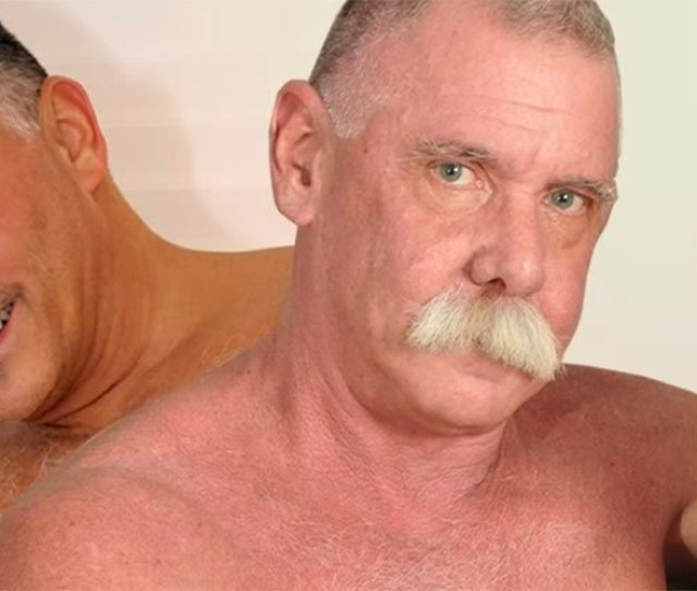 Gay Daddy Porn  Best Gay Mature Daddy Porn Sites