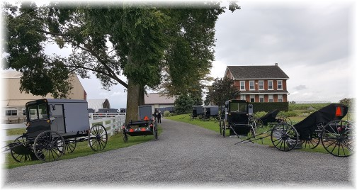 Kraybill Church Road, Amish church parking 8/21/16 Click to enlarge