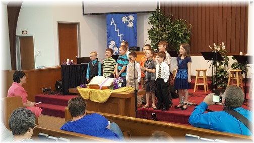 Mount Pleasant children singing 4/16/17