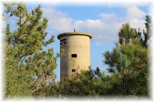 WW2 lookout tower in Delaware (photo by Duke)