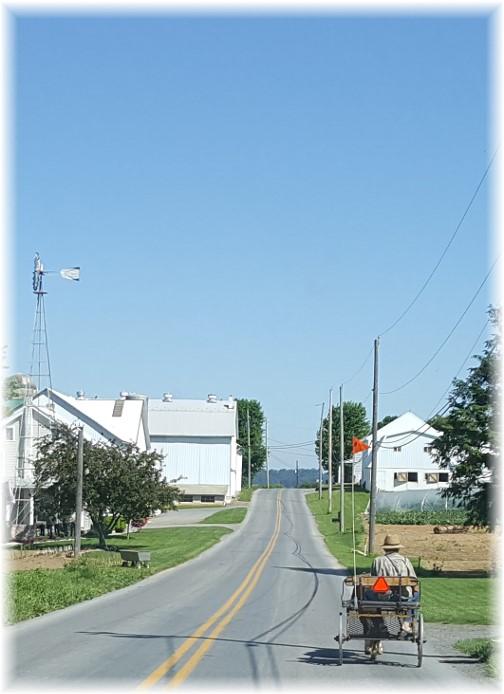 Lancaster County barn scene 6/1/17