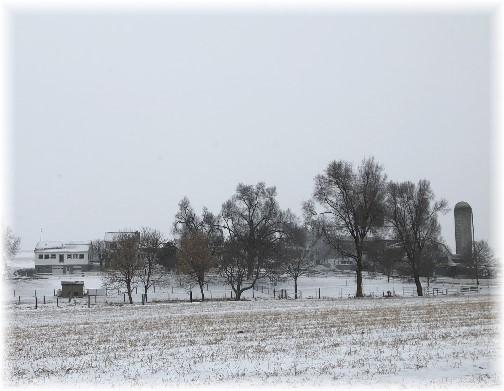 Amish farm in snow 1/4/18
