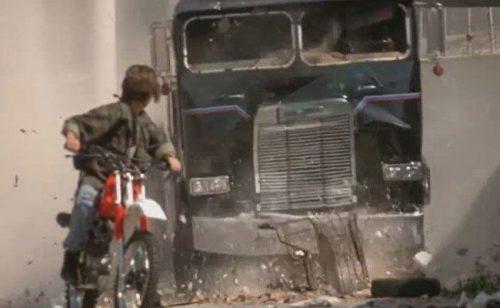 Terminator 2 : truck chasing scene
