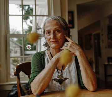 Death Doulas Provide End of Life Aid