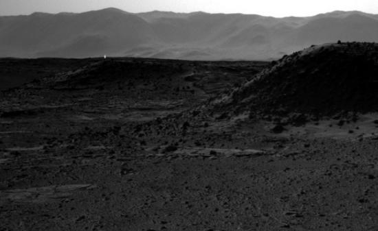'Light' seen on the horizon by Mars rover Curiosity
