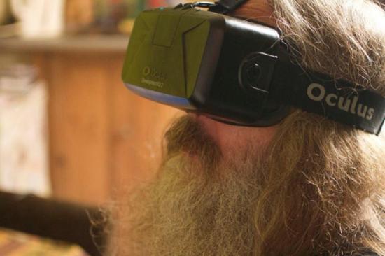 Alan Moore Wearing an Oculus Rift