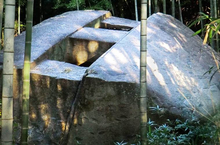 Masuda-no-Iwafune (kusuyama.jp)