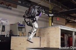 Boston Dynamics' Atlas robot does Parkour