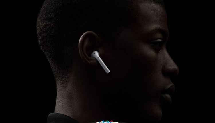 AirPods-wireless-hero-001