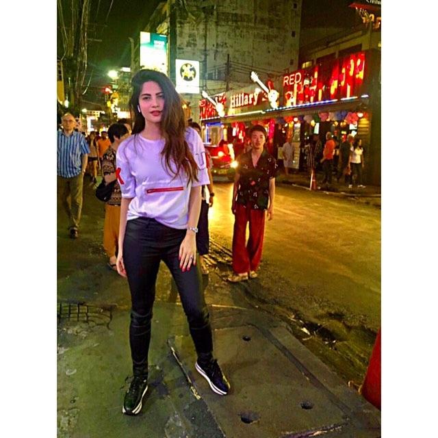 Awesome Photos of Neelam Muneer in Bangkok Thailand