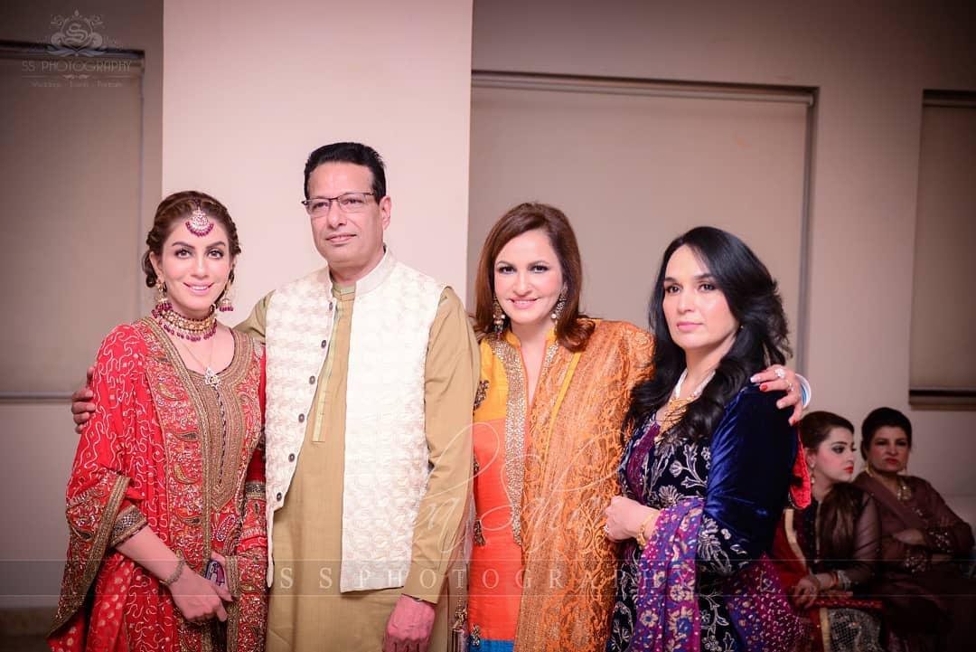 Awesome Photos of Saba Faisal with her Family on Nikah of her Elder Son Salman