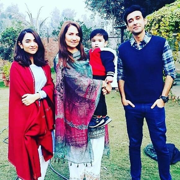 "Imran Ashraf aka Bhola and Yumna Zaidi on set of their Upcoming Serial ""Inkaar"""