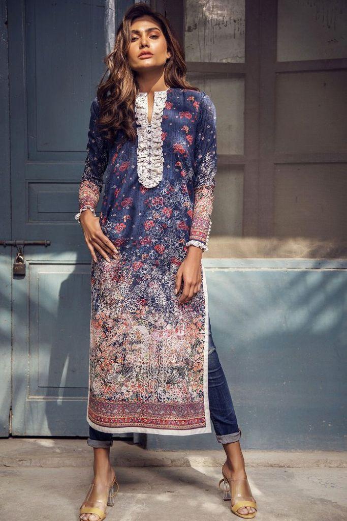 Stylish Alkaram Studio Eid Bazaar Sale Upto 50% Off Prices