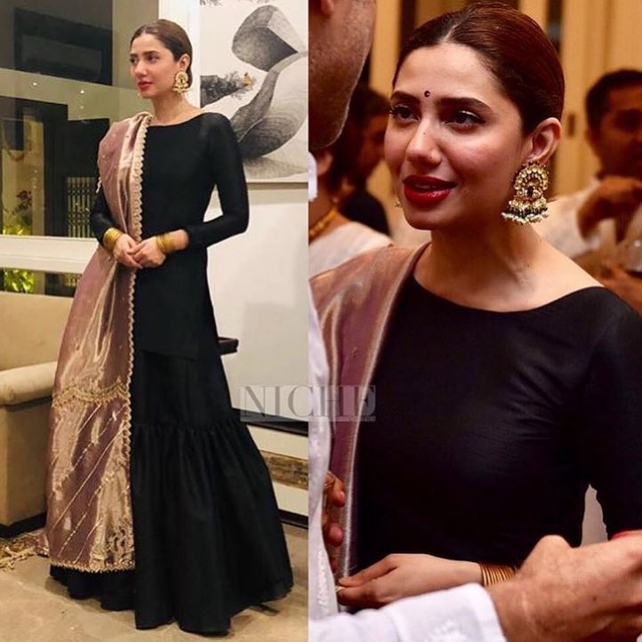 Mahira Khan with her Friends in Turkey at a Wedding Event