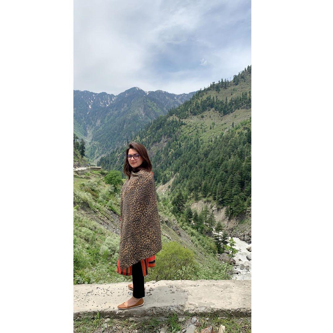 New Photos of Sana Faysal with her Daughter Ayat Qureshi in Naran Kaghan