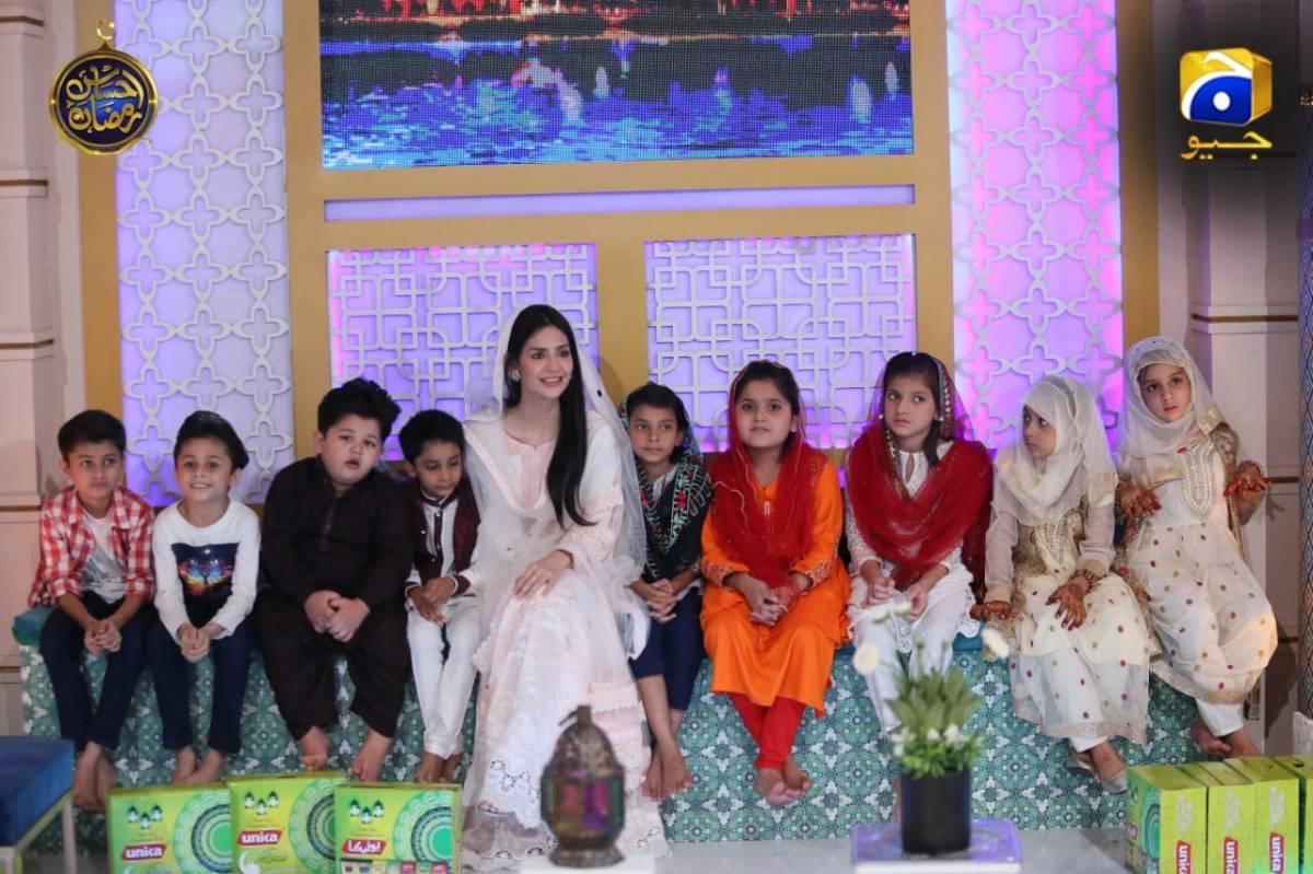 Gorgeous Madiha Imam in Ehsaas Ramzan Transmission