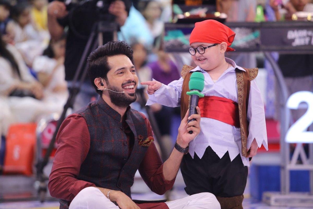 Bilal Abbas Khan and Sohai Ali Abro in ARY Jeeto Pakistan