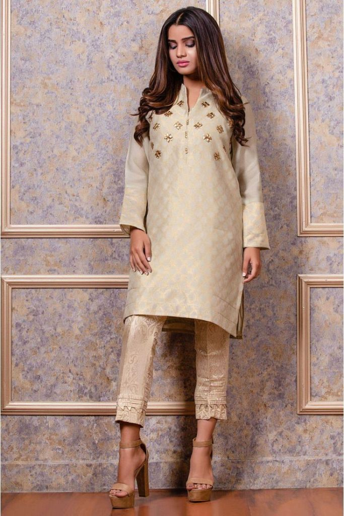Stylish Zeenwomen Luxury Collection For Yr 2019 – 3PC Stitched Shirts & Suits